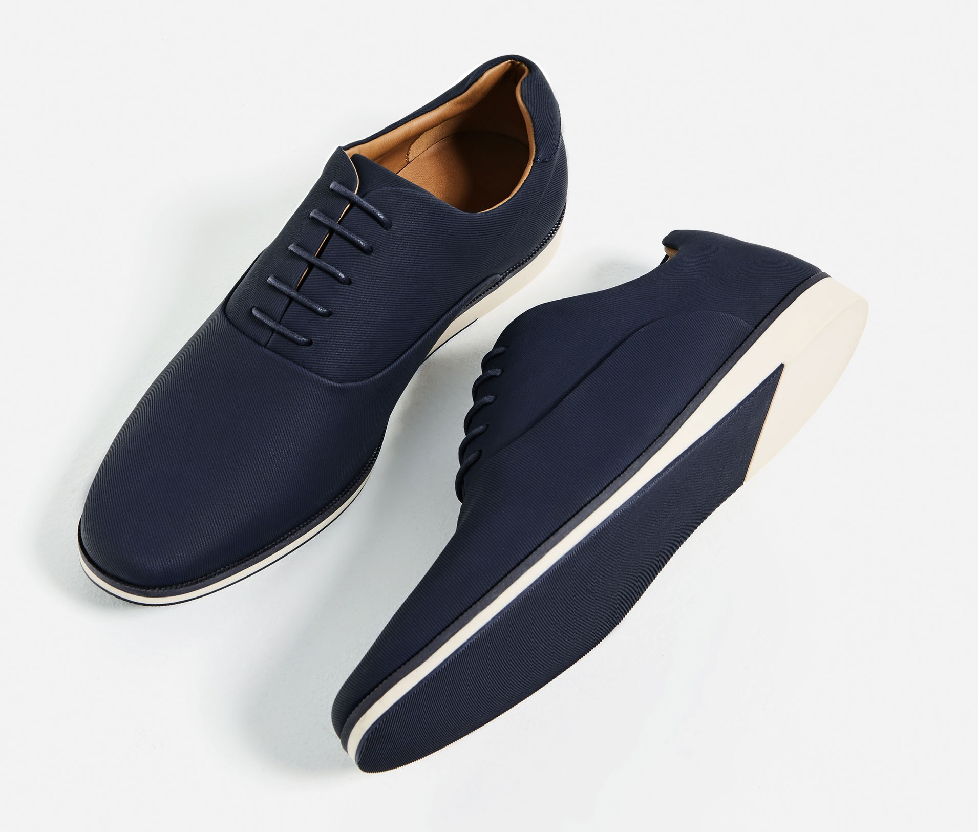 zapato-deportivo-inspiracion-ingles