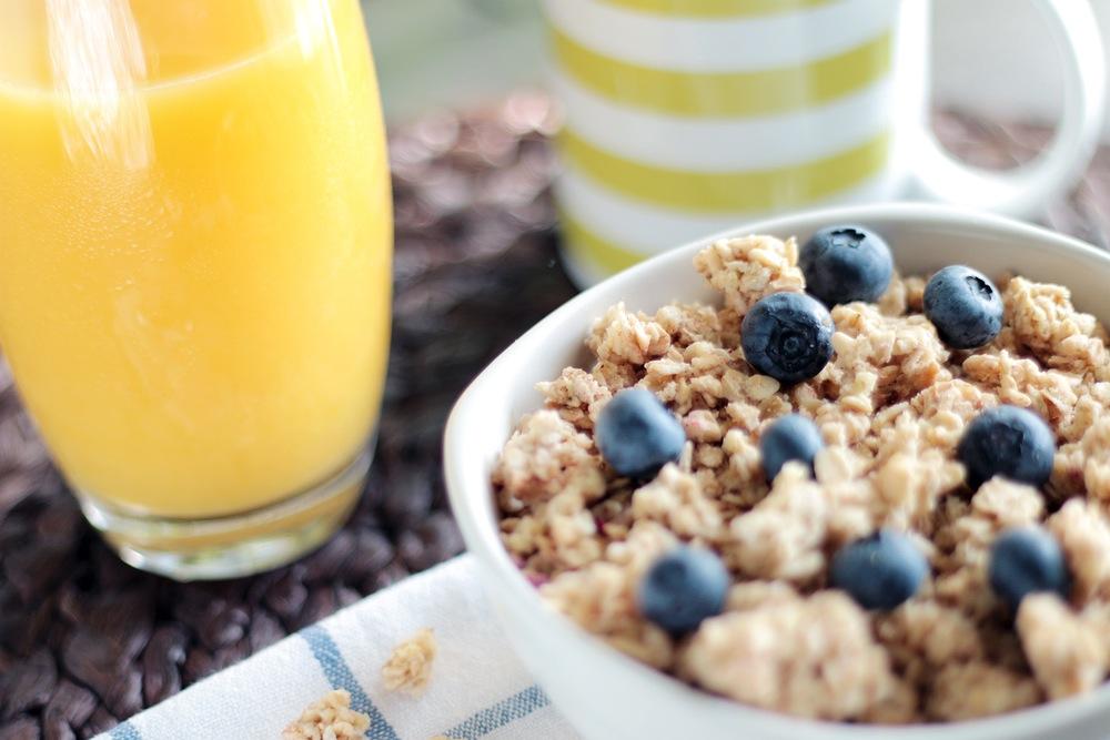 desayuno-zumo-cereales