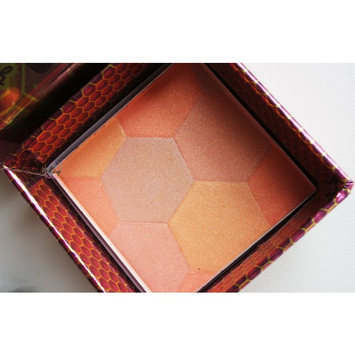 w7-bronzer-box-honey-queen-blusher-4
