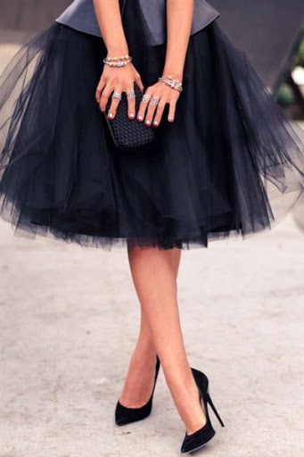 latest-tulle-skirt-in-black