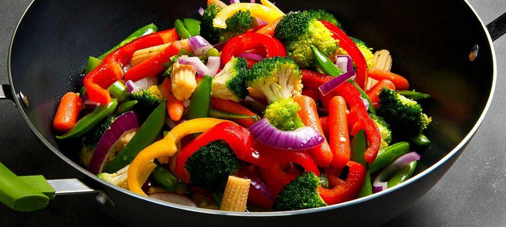 Cocinar sin perder nutrientes los vegetales a cuatro lados for Cocinar wok sin aceite