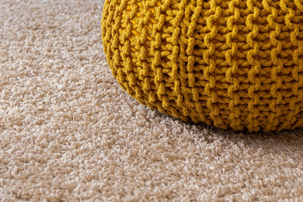 Estos consejos sobre la limpieza de alfombrasconfirman que el mantenimiento de esta pieza del hogar es mucho más técnica de lo que muchas personas entienden.