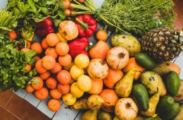cómo lavar frutas y verduras