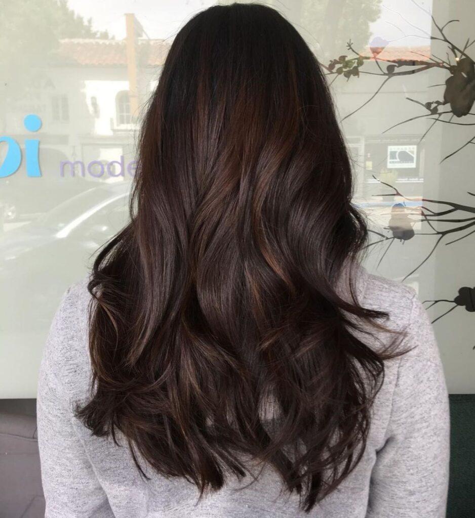 cabello marrón