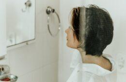 Con qué frecuencia debes lavarte el cabello