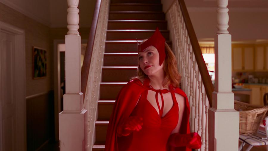 cómo vestir como Elizabeth Olsen